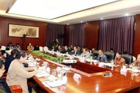 云南省民宗委与云南世博集团签署战略合作协议共推民族团结进步示范区建设