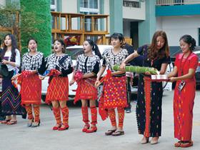 昆明目瑙纵歌节:41年的欢聚与传承