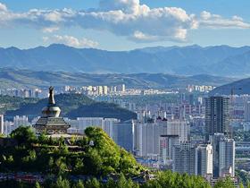 """青海省西宁市民族团结进步创建""""一社区一特色"""""""