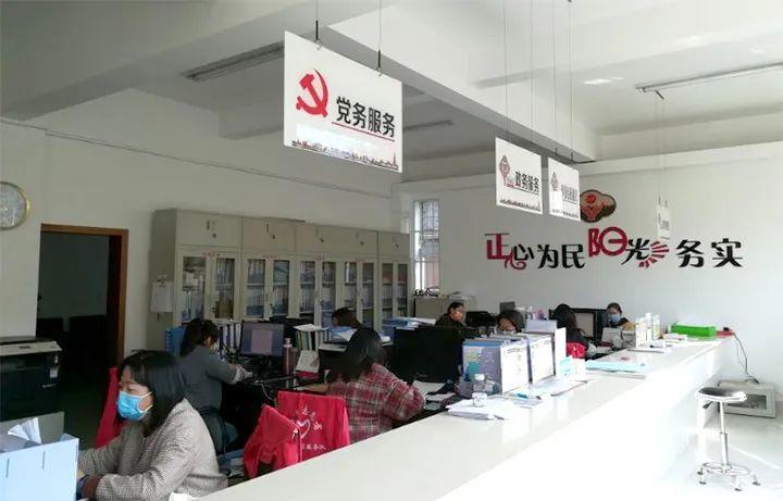 """大理正阳社区:""""一建五进两服务""""让民族团结进步之花绽放"""