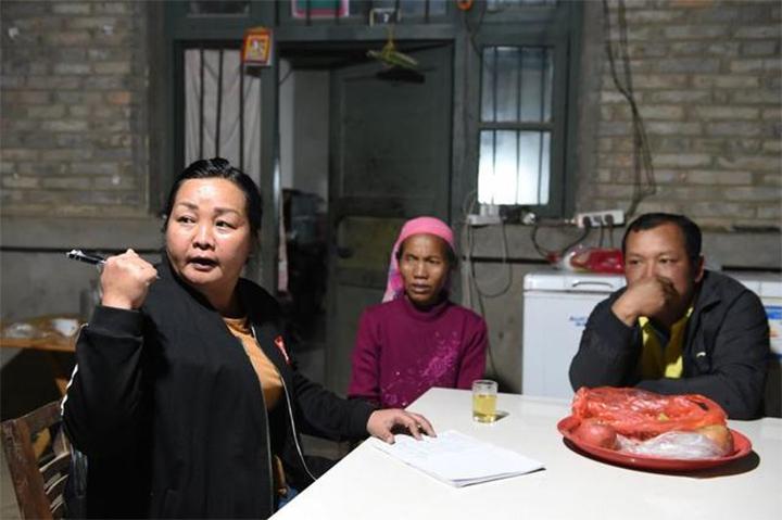 基诺族全国人大代表罗阿英:边疆和北京心连心