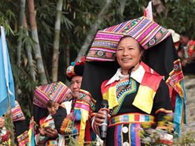 龙陵县:推动全民参与民族团结进步创建