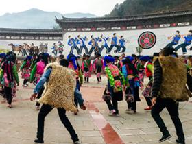 云龙:文化引领 共建民族团结家园